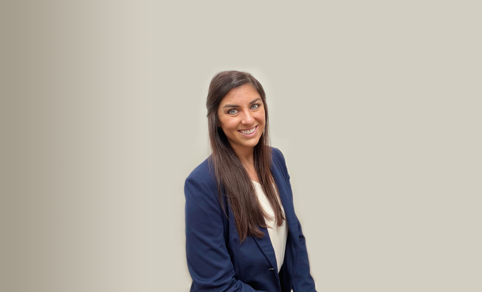 3 Q's Headshot of Danielle Bloom - Senior Account Manager